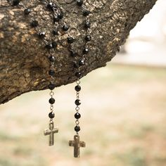 #colar #longo #preto #acessorios #cross #cruz #crucifixo #cristais