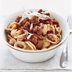 Chef Way Daniel Boulud tops house-made orecchiette (ear-shaped pasta) with a bolognese sauce prepared with venison, pork butt, chicken liver and veal stock. Wine Recipes, Gourmet Recipes, Pasta Recipes, Great Recipes, Favorite Recipes, Paleo Pasta, Chefs, Chestnut Recipes, Sauce Bolognaise