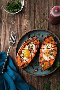 Baked Sweet Potato & Egg Breakfast Boats with Crumbled Bacon and Sriracha | Will Cook For Friends