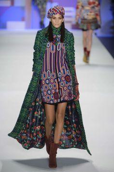5636c5ecda 38 fantastiche immagini su Abiti donna Desigual | Beautiful dresses ...