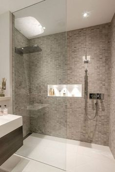40 Luxury Shower Designs Demonstrating Latest Trends in Modern Bathrooms - alltemplatehd.com