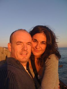 Angie y Jordi  Son pareja desde el 1 de noviembre de 2010  El 1 de noviembre de 2011 se cumplió 1 año de mi relación con Jordi, un hombre maravilloso que la Vida me presentó a través de eDarling.