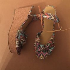 Nine West  multi colored cloth textile wedges Nine West Multi colored textile wedges Nine West Shoes Wedges