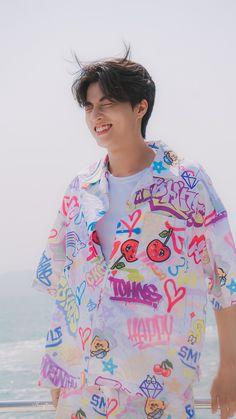 Thai Model, Cute Actors, Actor Model, Cool Baby Stuff, Super Skinny Jeans, Asian Men, Boyfriend Material, Cute Wallpapers, Cute Boys