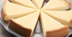 Vanilkový cheesecake - dôkladná príprava krok za krokom. Recept patrí medzi tie najobľúbenejšie. Celý postup nájdete na online kuchárke RECEPTY.sk. Cheesecake Cupcakes, French Desserts, Mini Cheesecakes, Sweet And Salty, Valspar, No Bake Cake, Sweet Recipes, Cravings, Sweet Tooth