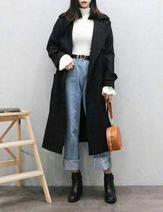 Really like Korean street fashion. like Korean street fashion. Korean Fashion Winter, Korean Fashion Trends, Korea Fashion, Asian Fashion, Look Fashion, Trendy Fashion, Classy Fashion, Korean Fashion Casual, Korean Casual