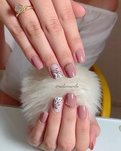 142 top class bridal nail art design for spring inspiration page 17 Elegant Nails, Classy Nails, Stylish Nails, Cute Acrylic Nails, Gel Nails, Nail Polish, Nail Nail, Stiletto Nails, Bridal Nail Art