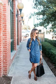 madewell denim dress + leopard loafers a classic madewell denim dress (with pockets!) paired with leopard loafers: a no-fail, easy to wear weekend (or anytime!) look! Denim Shirt Dress Outfit, Jean Dress Outfits, Summer Dress Outfits, Chambray Dress, Jeans Dress, Fall Outfits, Casual Outfits, Denim Dresses, Chiffon Dresses