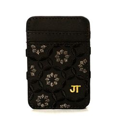 JT Magic Wallet Floral Color: Black, White and Golden #couro #bordado #fashion #accessories #moda #style #design #acessorios #leather #joicetanabe #carteira #carteiramagica #courolegitimo #wallet