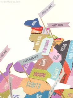 Map With Little Felt Animals And Landmarks Like The Great Wall Of - Fao schwarz felt us wall map giant