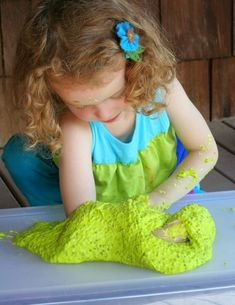 {New Recipe} All-Natural Edible Slime! No cook recipe that's ready in less than 5 minutes. Feels and acts just like traditional slimes without any chemicals! From Fun at Home with Kids Indoor Activities For Kids, Fun Crafts For Kids, Preschool Crafts, Toddler Activities, Fun Activities, Preschool Ideas, Science Crafts, Children Crafts, Craft Ideas