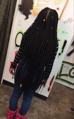 Lemonade Medium Box Braids Hairstyles To Try In African Style - Fashionuki Colored Box Braids, Big Box Braids, Medium Box Braids, Box Braids Styling, Long Braids, Jumbo Box Braids, Braids With Color, Braids With Weave, Medium Hair