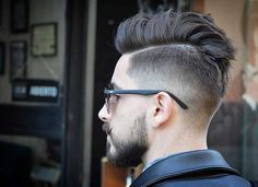Disconnected Undercut Haircuts for Men 2020 22 Disconnected Undercut Hairstyles Haircuts Undercut Pompadour, Undercut Hairstyles, Cool Hairstyles, Fohawk Haircut, Hairstyles 2018, Barber Hairstyles, Undercut Fade, Fade Haircut, Beard Styles