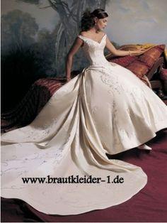 Cinderella Brautkleid mit Schleppe www.brautkleider-1.de