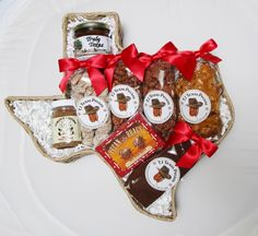Taste of Texas Pecan Lovers Snack Food Gift Basket | Treasure Journeys