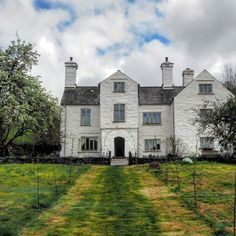 The wonders of lime Wooden Windows, Listed Building, Casement Windows, North Wales, Old Buildings, Somerset, London, Mansions, House Styles