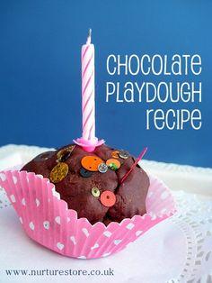 I love the smell of this! Easy home-made chocolate playdough recipe #playdough #playdoh