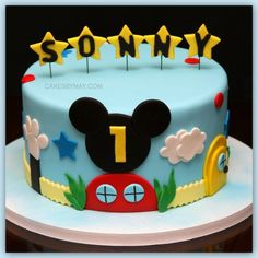 Mickey Mouse cake, would have been perfect for Sonnys Mickey mouse themes 1st bday.  haha someone has good taste in names.