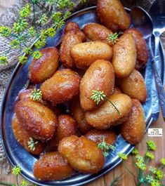 Gulab Jamun recipe by Thecooksisterblog Sweet Meat Recipe, Jamun Recipe, Condensed Milk Recipes, Gulab Jamun, Clarified Butter, Food Categories, Family Meals, My Recipes, Veggies