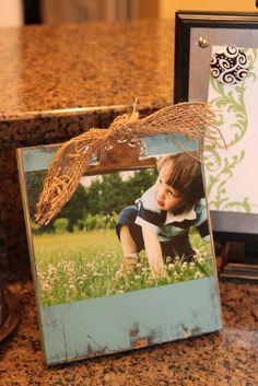 "cute photo ""clipboard"" idea"