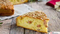 La torta 5 minuti salata è un'alternativa alla classica torta 5 minuti, perfetta per quando avete ospiti inaspettati a cena o vi serve un'idea per un pranzo al sacco o da portare in ufficio. Potete scegliere il ripieno che desiderate: noi abbiamo aggiunto all'impasto prosciutto, speck e mozzarella, ma volendo si può