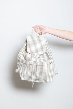 Canvas Backpack / Natural Grid