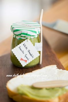 dailydelicious: White chocolate Green tea spread