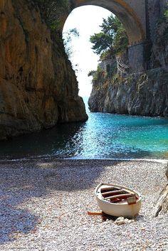 Discover the Amalfi Coast  www.travelcounsellors.co.uk/clare.bullock