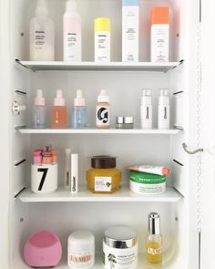 ✨kirsten✨ Skin Food, Makeup Storage, Beauty Routines, Skincare Routine, All Things Beauty, Beauty Care, Beauty Skin, Beauty Makeup, Hair Beauty