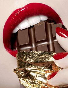 red lips chocolate
