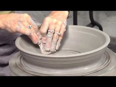 Ceramic Arts Daily – How to Throw a Large Serving Bowl in a Bisque Mold Lisa Orr Ceramic Clay, Ceramic Pottery, Pottery Art, Pottery Lessons, Pottery Classes, Ceramic Techniques, Pottery Techniques, Ceramic Arts Daily, Pottery Videos