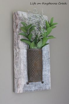 I picked up this cute little grater at the Brimfield Antique show and decided to do something a bit different with it and turned it into rustic wall décor. I re…