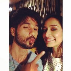 Shraddha Kapoor smiles, Shahid Kapoor pouts for a selfie. Shahid Kapoor, Shraddha Kapoor, Deepika Padukone, Bollywood Actors, Bollywood Celebrities, Bollywood News, Bollywood Fashion, Best Happy Birthday Quotes, Star Children