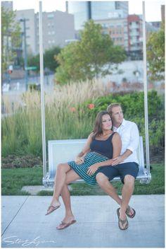 smale riverfront park engagement session - cincinnati, ohio - september engagement photos