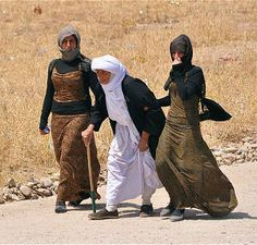 Fleeing ISIS, Iraqis stranded on Mount Sinjar, facing imminent death - Middle East - International - News - Catholic Online - 7 August 2014 Catholic Online, Catholic News, Cultural Identity, Human Rights, Around The Worlds, Kurdistan, International News, Culture, August 2014