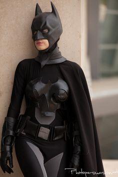 Spectacular Female Batman #cosplay — GeekTyrant #Rule63