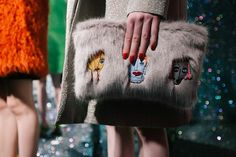 SHRIMPS AW15 : London // this clutch made me smile :)