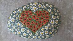 Dot painting stone HONEYMOON of lovingly hand-painted River pebbles, weatherproof and UV-resistant, 10 cm in diameter