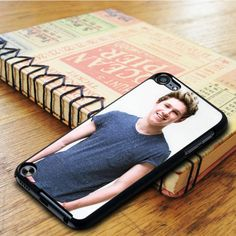 Niall Horan One Direction Boyband iPod 6 Touch Case