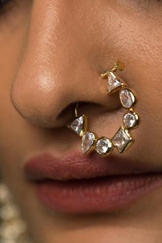 Kundan CZ Gold Plated Nosepin \ Polki Gold Plated Nosepin \ Gold Indian Nath \ Indian Nathni \ Gold Plated Diamond look Indian Nosering Victorian Jewelry, Antique Jewelry, Hairstyle Curly, Nose Ring Designs, Silver Earrings, Silver Jewelry, Diamond Jewelry, Silver Ring, Silver Necklaces