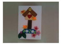 Caixa organizadora mdf Retangular, com aplicação de casinha e passarinhos de feltro bordado à  mão, com aplique de flores e pedrarias. A caixa é totalmente forrada em tecido 100% algodão poá branco/vermelho e vermelho/branco.    Aplicação de selantes para evitar mofo. Pode-se limpar com pano levemente úmido.   Medida:  11 x 16 x 5,5 cm R$