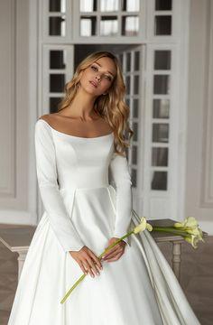 Dimilia Stunning Wedding Dresses, Modest Wedding Dresses, Bridal Dresses, Beautiful Dresses, Wedding Gowns, Bridesmaid Dresses, Bridal Gown, Bridal Looks, Bridal Style