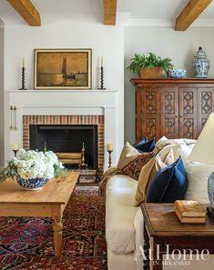 Home Living Room, Living Room Decor, Living Spaces, Classic Living Room, Modern Living, Deco Champetre, Design Salon, Up House, Classic Interior