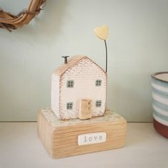 Wooden Crafts Chunky oak wood house with clay love heart 'love' Painted Driftwood, Driftwood Crafts, Barn Wood Crafts, Wooden Crafts, Small Wooden House, Wooden Houses, Deco, Small Wood Projects, Vinyl Projects