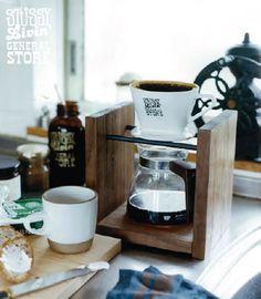 STUSSY Livin'General Store (ステューシー リビン コーヒードリップスタンド) GS COFFEE DRIP STAND Coffee Shop Bar, Coffee Barista, Coffee Brewer, Coffee Cafe, Paul Coffee, Coffee And Bagel, Coffee Holder, Pour Over Coffee, Drip Coffee