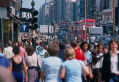 British London's West-End in the Heatwave of Oxford Street London Bus, London Street, London Life, London Pictures, London Photos, Vintage London, Old London, London History, British History