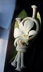 I love the idea of having a nautical wedding....how cute would these be for boutonnieres for the men?
