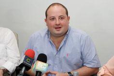 Manejo mediocre del gobierno puede quebrar muchos ganaderos: senador Araújo
