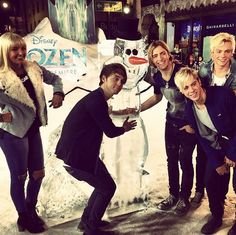 Video: R5 Talked With Fanlala About Their Thanksgiving Meal And Going To Japan