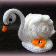 Cygne blanc en tricotin de laine acrylique